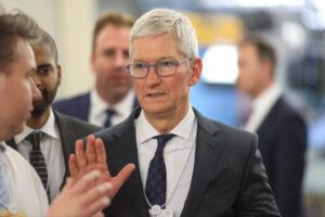 Apple's dangerous path – TC