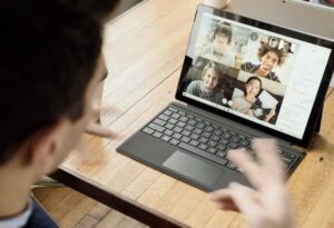 How to Build a Positive Culture at Your Startup With a Remote Team